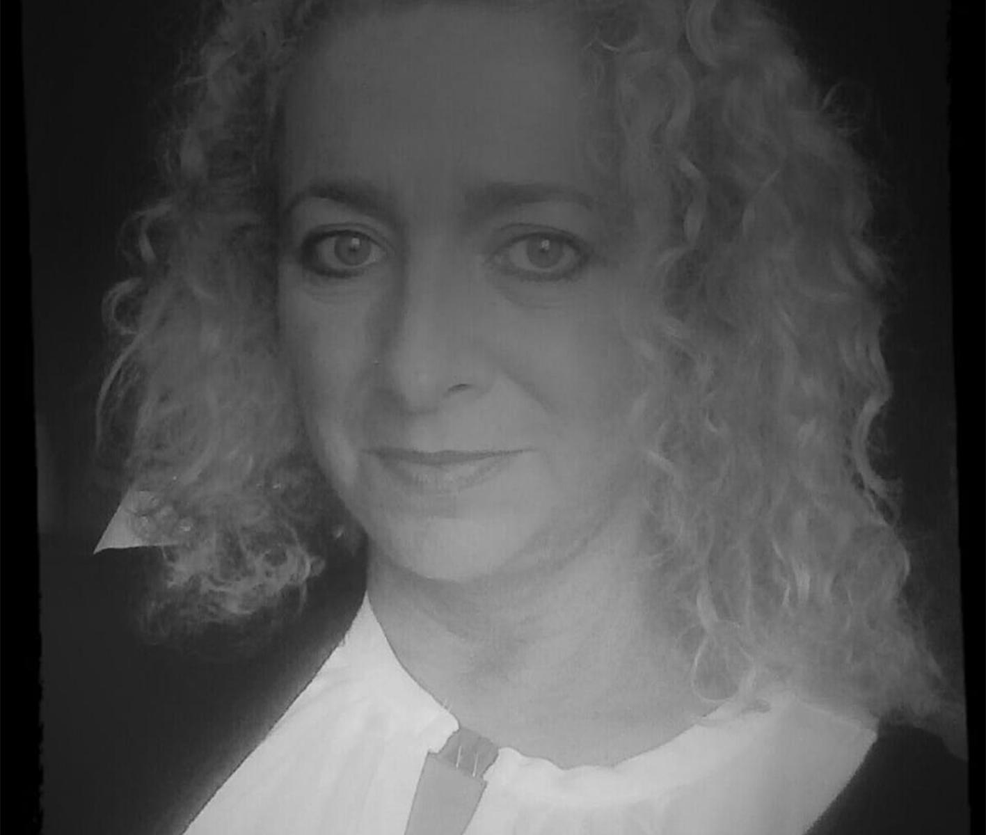 Johanna Costa Profil Bild in schwarz weiß